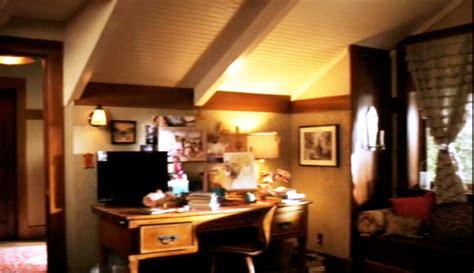 aria montgomery bedroom pll aria s bedroom etc