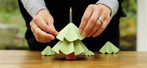 make christmas tree out recycled paper papercraft