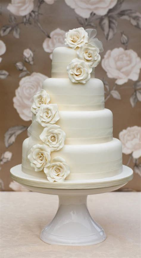 Traditional Wedding Cakes by Alternatives To The Traditional Wedding Cake Wedding