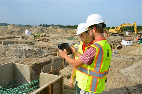 students gain real world experience in construction news virginia tech