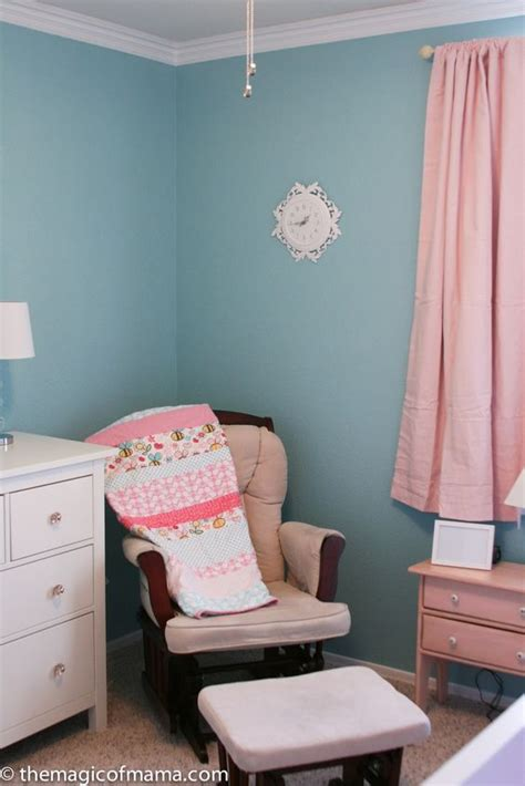 paint colors blue and and teal pillows on