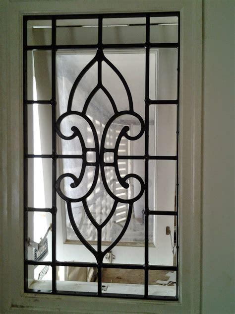 teralis jendela minimalis gambar jendela rumah related keywords suggestions