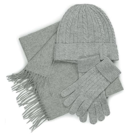 set hat gloves and scarf gift box
