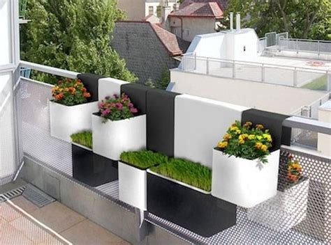 vasi per balcone fioriere da balcone fioriere