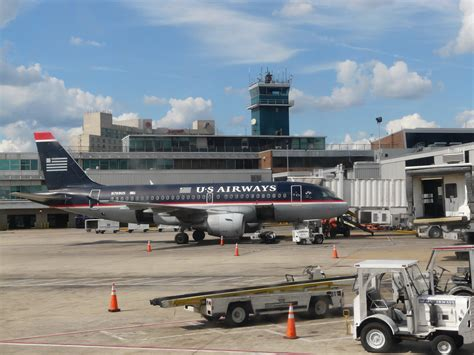Section Philadelphia Airport file aircraft at philadelphia international airport jpg