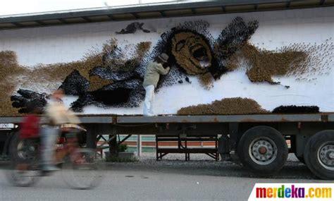 Kuas Cat Exito 2 12 foto melukis wajah michael jackson dengan ribuan kuas cat merdeka