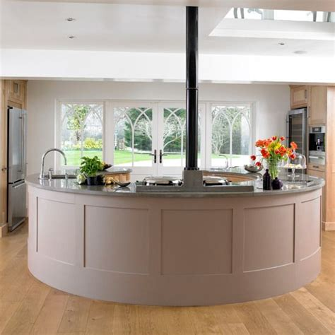 circular kitchen island 25 best ideas about round kitchen island on pinterest