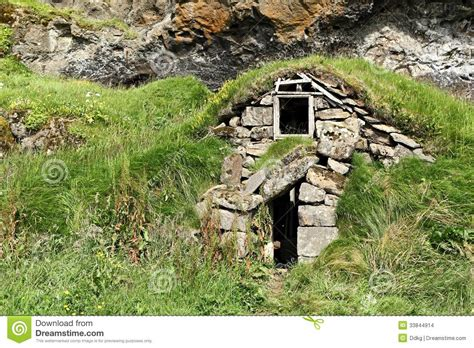 Small Mountain Cabin Plans icelandic turf house stock photo image of tourism