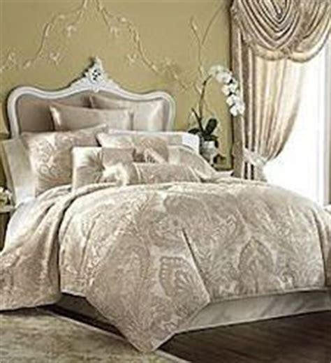 cream gold bedroom dreamroom by laurenh25 on pinterest art deco bedroom