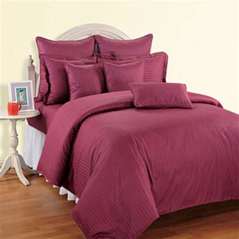 Ravishing Raspberry Comforter Online Shopping