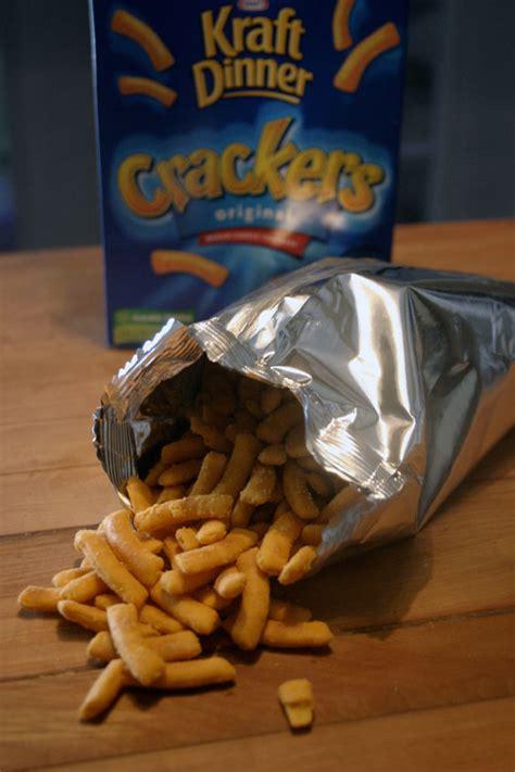this snack doesn t kraft dinner crackers choosy - Dinner Crackers