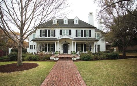 stone colonial house plans 25 best ideas about colonial style homes on pinterest spanish style homes spanish