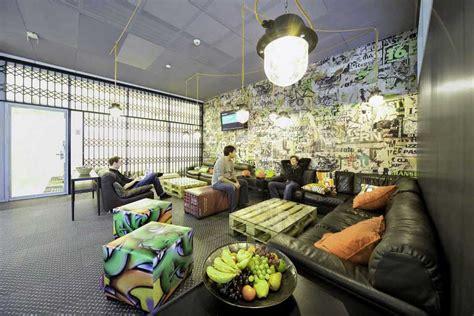graffiti interiors home art murals and decor ideas creative room with mural and graffiti interior design ideas