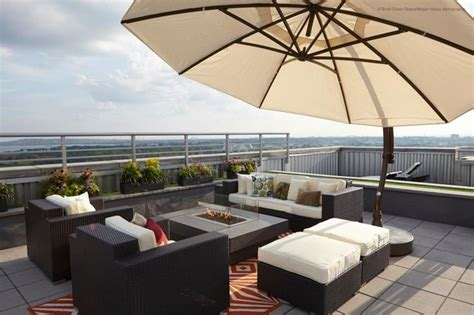 Patio Furniture Nyc by Best 25 Outdoor Patio Umbrellas Ideas On