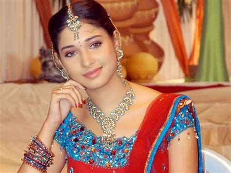 tamanna hot themes download download sexy tamanna bhatia wallpapers and images