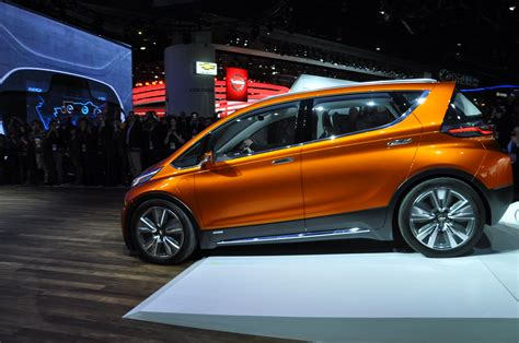 2017 chevrolet bolt release date price and specs cnet 2017