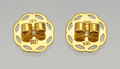 Black Sapphire 23 08 Ct a pair of black and yellow sapphire earrings 03