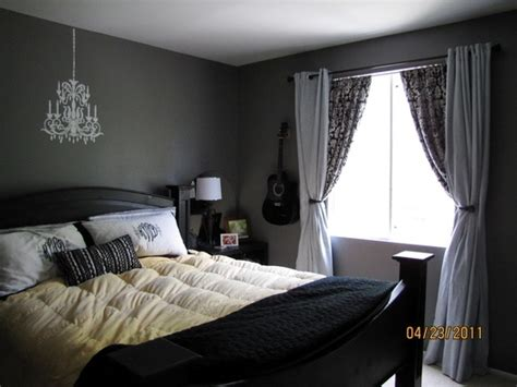 gray paint schlafzimmer glidden dove white seal grey bedroom paint color ideas