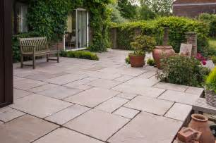 Small Garden Paving Ideas Best Paved Garden Designs Block Paving Designs Small Garden Paving Ideas Cadagu Paving