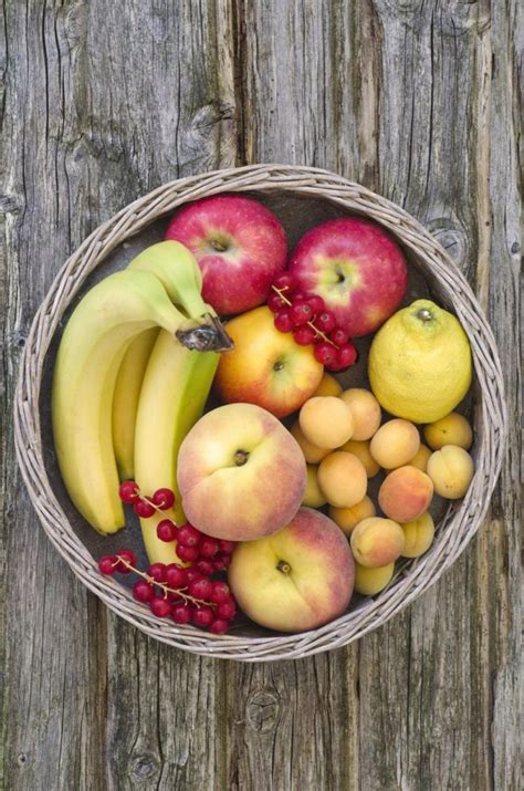 2 vegetables that make you study fruits veggies will make you happy no really
