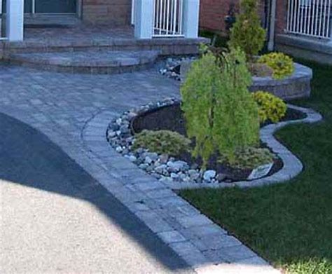 Landscape Edging Next To Sidewalk Best 25 Driveway Border Ideas On