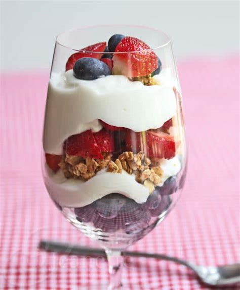 berry yogurt granola parfait recipe jeanette s healthy