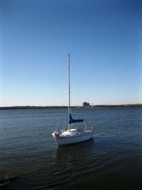 largest swing keel sailboat catalina 22 swing keel 1985 fort worth texas sailboat
