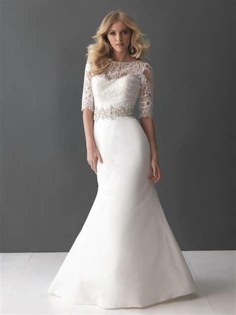 Best Wedding Dress Styles For Short Curvy Brides   Wedding