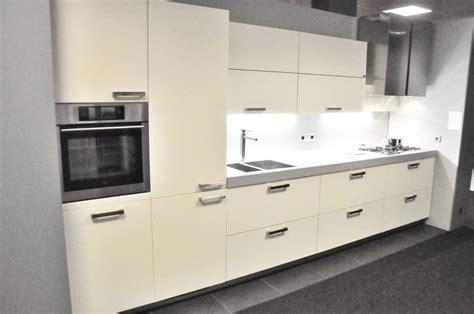 keller keukens scharnieren alno keuken frontjes keukenarchitectuur