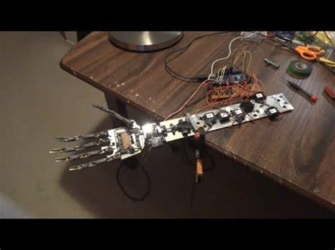 tutorial arduino robotic hand arduino robot hand part 2 testing with plain servos