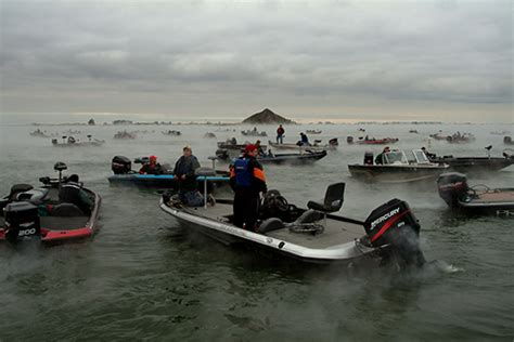 bass fishing tournament boats tournament bass anglers know how to use a boat r