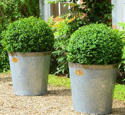 Style Planters by Set Of Two Keswick Vintage Style Planters By Foras
