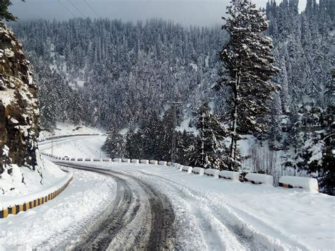 photos of snow beautiful view of snow fall in nathia gali picture