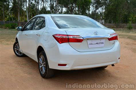 Review Toyota Altis 2014 Toyota Corolla Altis Diesel Review Rear Quarter