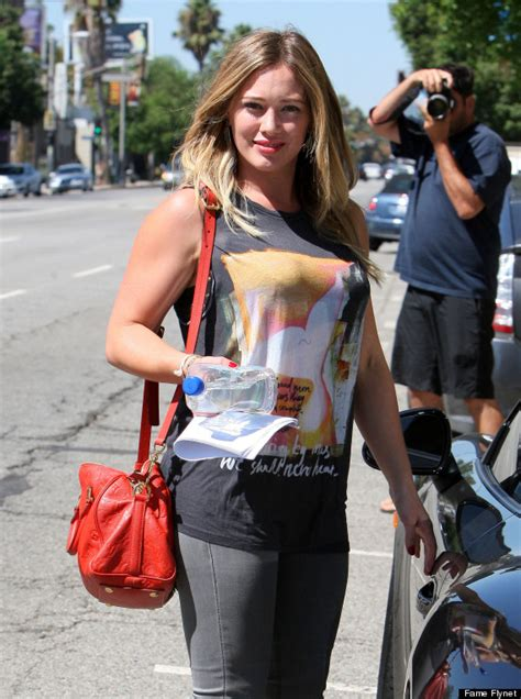 Hilary Duff Wardrobe by Hilary Duff S Are For Fall Huffpost