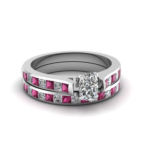 unique wedding band sets fascinating diamonds