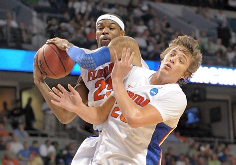 Florida Gators Basketball Preparing For Ucla S Basketball Prepare To Battle Florida Gators For