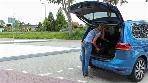 Kofferraumvolumen Vw Touran by Raumindividualit 228 T Im Neuen Touran 187 Motoreport