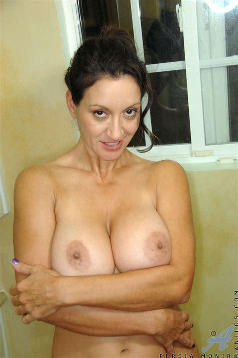 hot milf Persia Monir masturbates In The Shower Free cougar sex