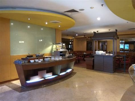theme hotel batam mercure batam indonesia review hotel tripadvisor