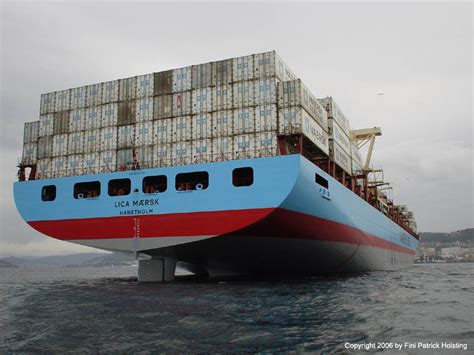 stern boat of a ship planet patrix pictures lica maersk gallery 1