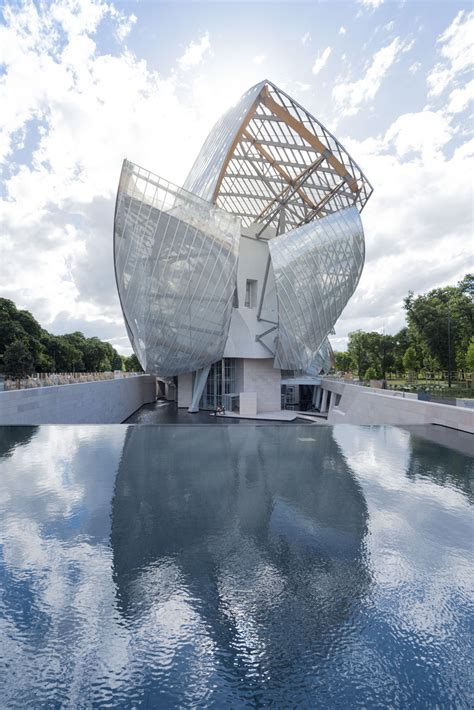 Fondation Vuitton by Fondazione Louis Vuitton Un Veliero Per L Arte