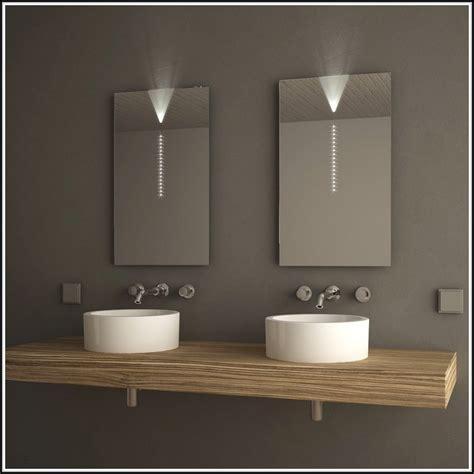 badezimmerspiegel mit beleuchtung und ablage emejing badezimmerspiegel mit beleuchtung und ablage