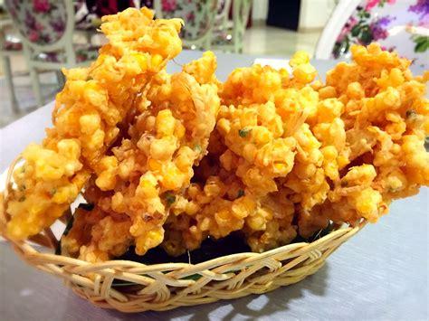 membuat bakwan jagung  enak  sederhana