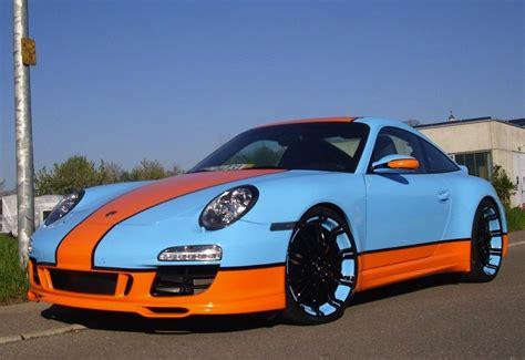 gulf porsche 911 gulf racing 997 porsche 911 goes for the retro look