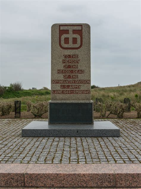 filemonument   infantry division utah beach manche