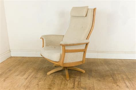 ercol gina recliner vintage retro ercol light elm blonde gina reclining