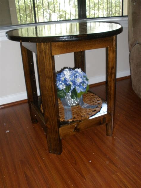 ana white tryed side table diy projects ana white benchright round side table diy projects