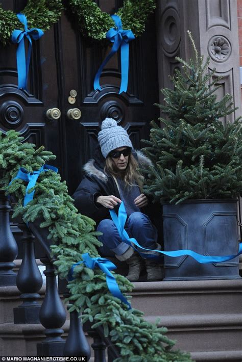 Purple Home Decorations by Sarah Jessica Parker Decorates New York City Brownstone In