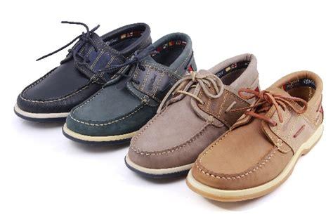 boat shoes burton burton grey tan boat shoe man westport shoes webshop